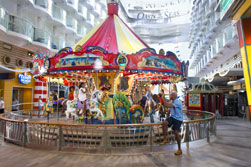 Das Karussell auf der Royal Caribbean Oasis of the Seas