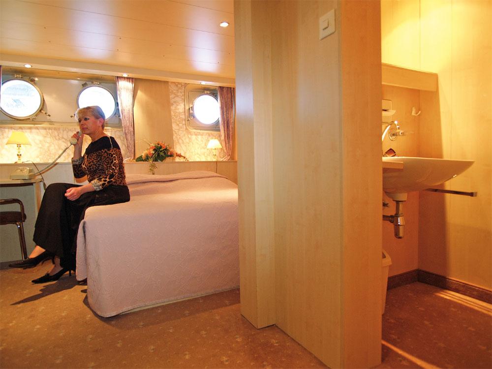 Nicko Tours Ms Dnepr Flusskreuzfahrt Flusskreuzfahrtschiff